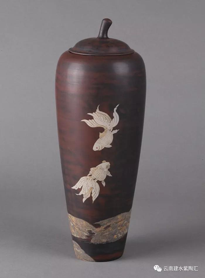 建水紫陶花瓶
