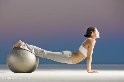 练习瑜伽能解压 养生这些好处男人必学懂