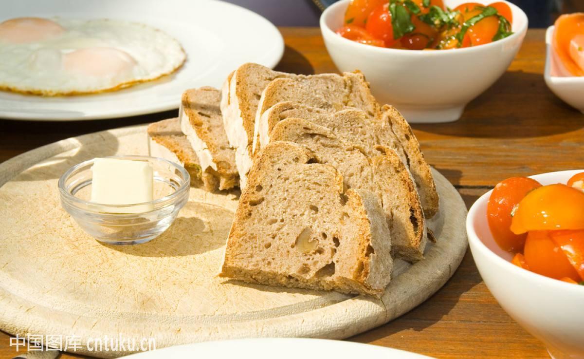 早餐吃什么最有营养 几个小细节让早餐面包更营养