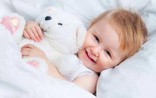婴儿六个月内要注意的地方有哪些 育儿小知识