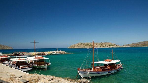 爱琴海上被遗弃的麻风病孤岛