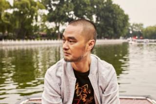 """专访冯唐:为什么中国有这么多""""中年油腻猥琐男"""""""