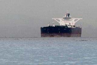 欧洲企业已屈服 但中国顶住美国压力继续采购伊朗原油