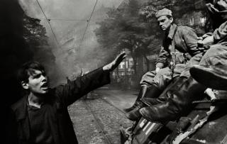 布拉格之春50年,被坦克碾压的自由与改革梦想
