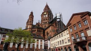 从德国城市美因茨萌生的印刷革命
