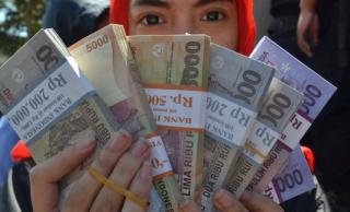新兴市场货币危机潮 拷问中国经济前景