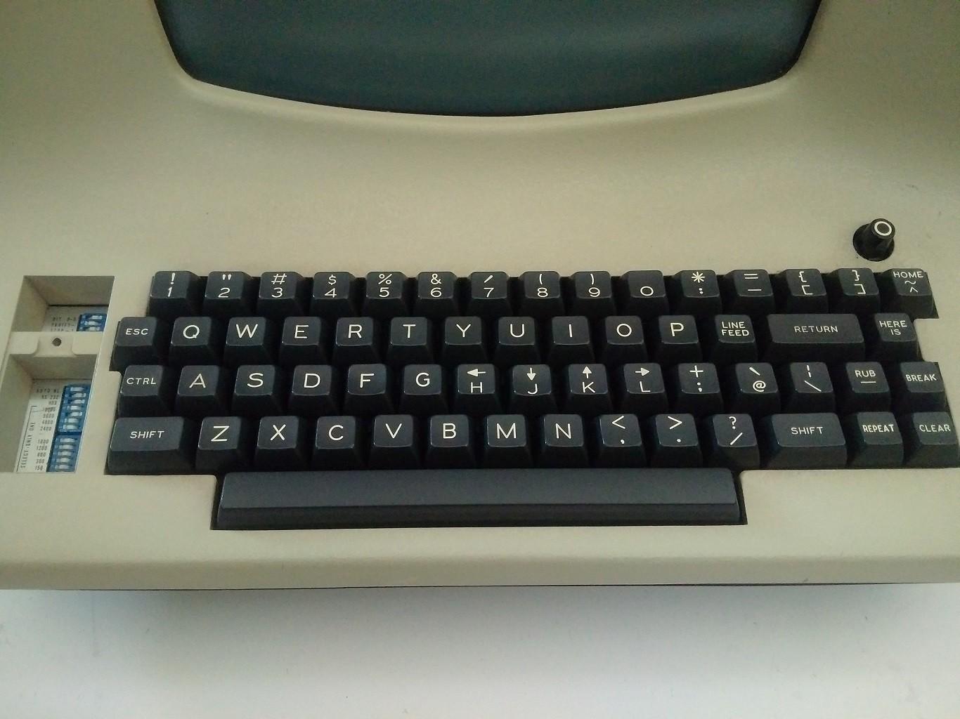 LSI-ADM3A-full-keyboard.jpg