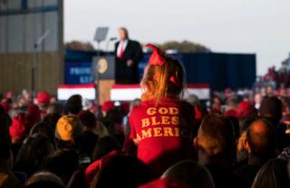 怎样才算美国公民?特朗普这次要挑战宪法
