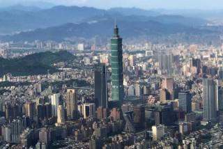 台湾执政党〞后院失火〞 期中选举在及格边缘挣扎