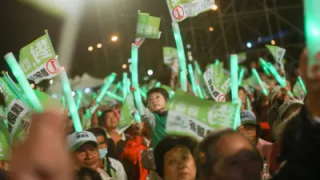 """台湾""""九合一""""选举的启示"""