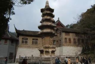 假长城、假古楼:中国人造假古迹知多少?