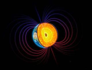 NASA发现土星正在飞速的吞食土星环