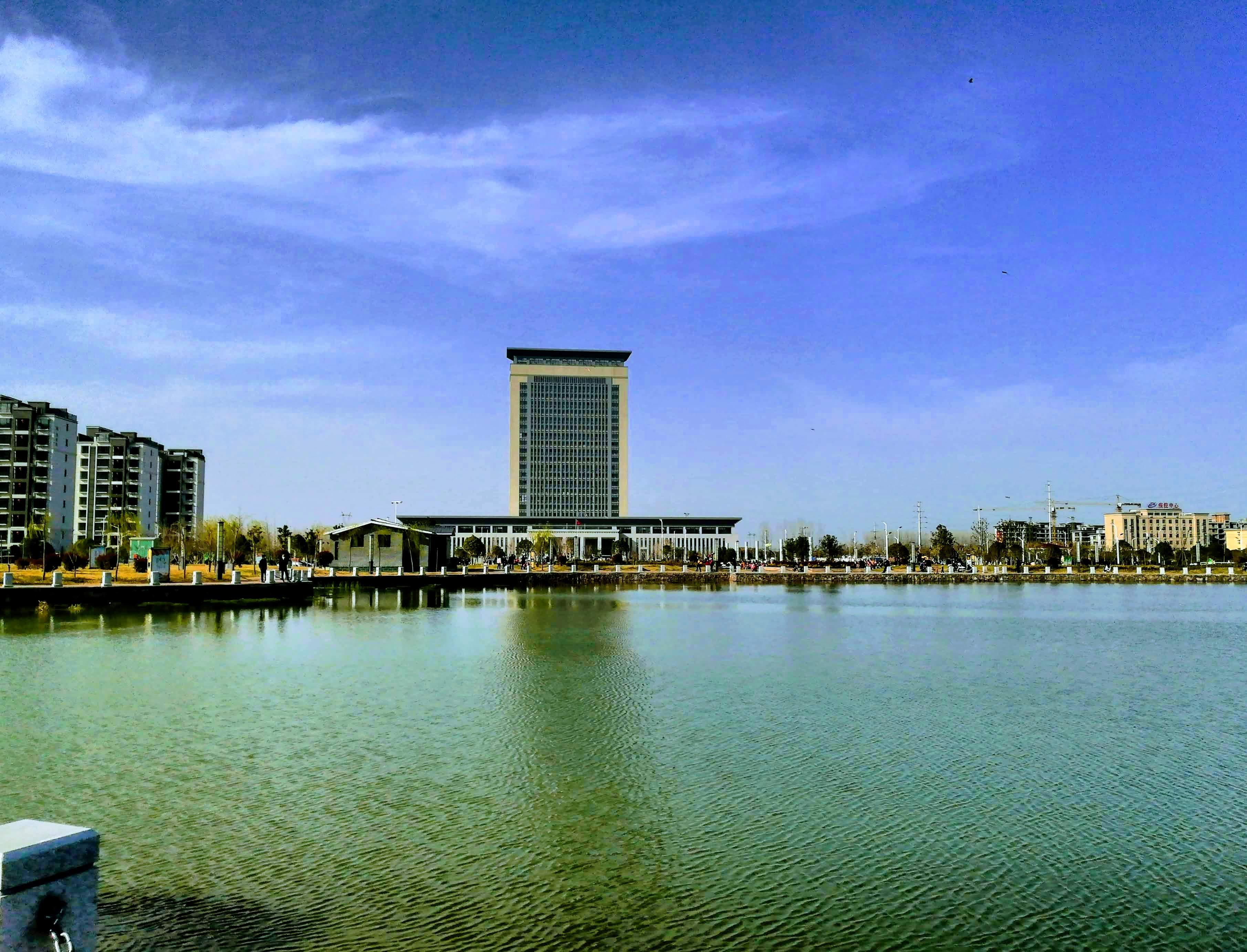 地方政府楼(智能的谷歌相册风格化效果)