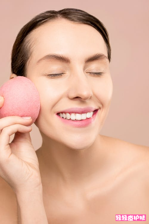油性皮肤的十五大注意事项有哪些?什么洗面奶控油祛痘效果好?
