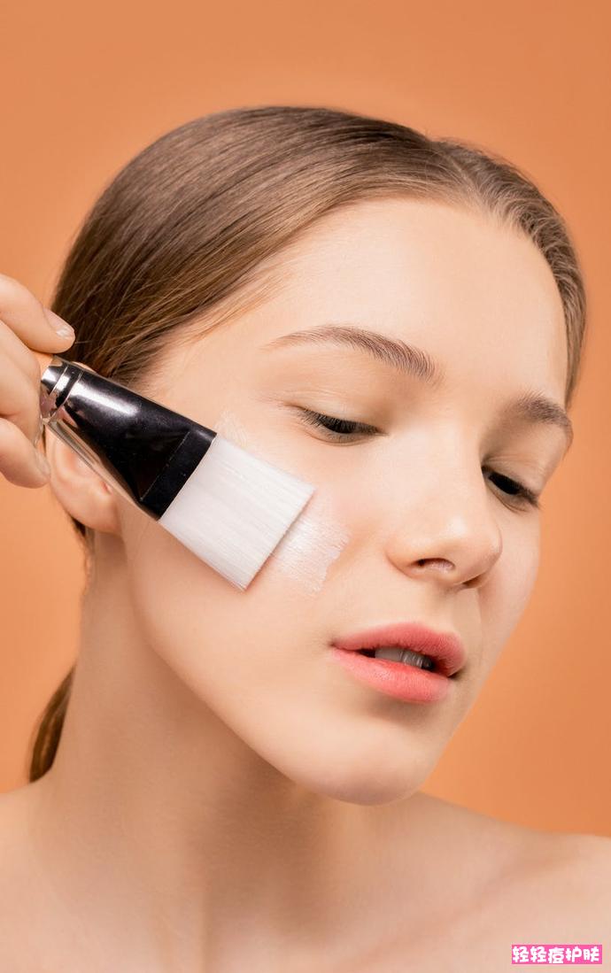 怎么看自己是什么皮肤?怎么判断自己的肤质?轻轻痘告诉你