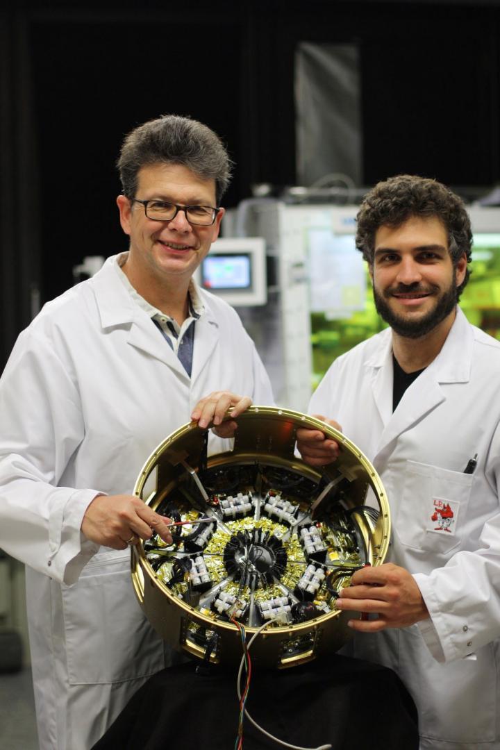 德国研究人员首次将钙钛矿有机太阳能电池用火箭送入太空