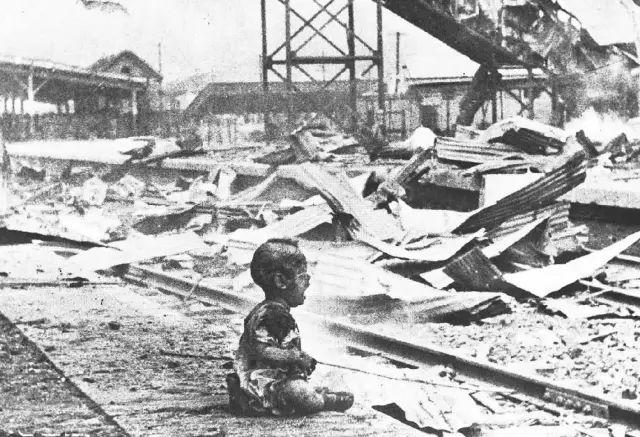 战火中的儿童