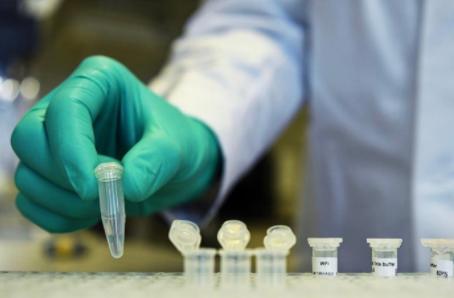 以色列研发的新冠新药既能降低炎症水平又可阻止病毒复制