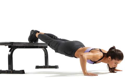 胸大肌应当怎样练最有用-追梦健身网