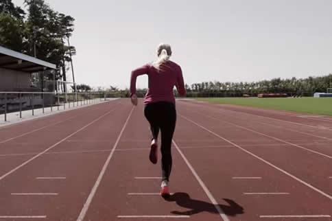 初中女生马甲线怎样练-追梦健身网