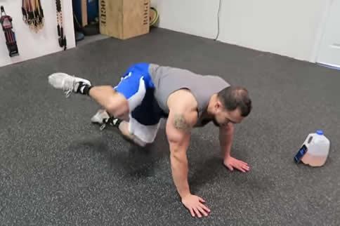 男子做提臀活动的优点有哪些-追梦健身网