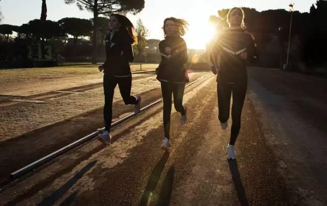 五个行动 教你练出一双健硕双腿-追梦健身网