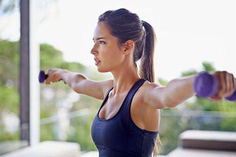 15个前臂肌肉磨炼要领和行动 让你具有诱人的手臂-追梦健身网