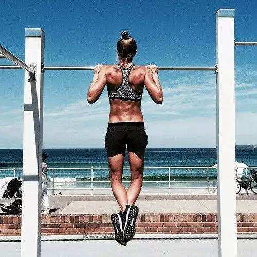 健身房胸肌磨炼设计 4个行动就可以练出D杯神器-追梦健身网