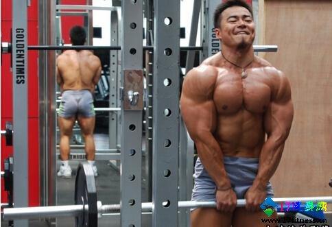 肩部肌肉磨炼要领分享我的肌肉-追梦健身网