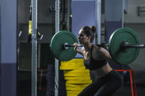 女性健身房臀部练习行动大全-追梦健身网