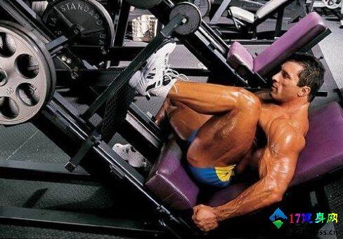 仰卧腿举股四头肌磨炼要领-追梦健身网