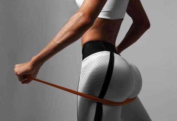 女性臀部肌肉怎样快速提臀-追梦健身网