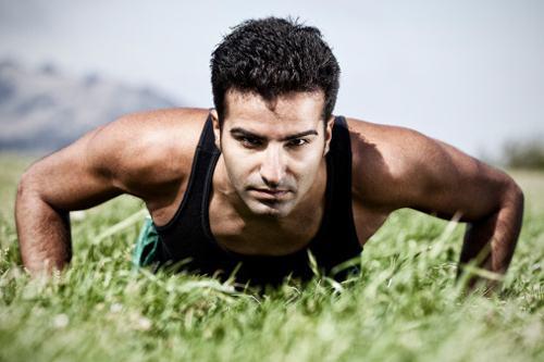 徒手背肌练习行动有哪些-追梦健身网