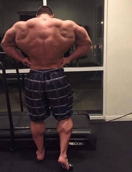 世界上最强健肌肉男,不是艾迪霍尔倒是他,体重增进200磅!-追梦健身网