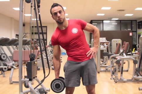 男生怎样练马甲线 在家也能练出马甲线-追梦健身网