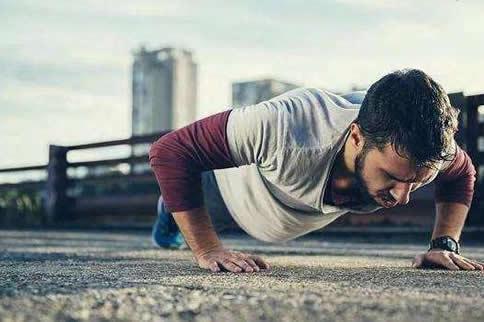最好的小臂肌肉磨炼要领图解-追梦健身网