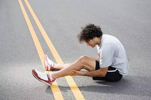 活动后为什么肌肉酸痛 活动后肌肉酸痛怎么办-追梦健身网