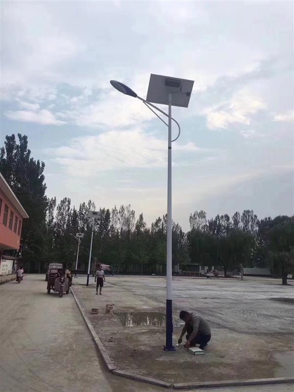 太阳能路灯电池组件安装需要注意哪些